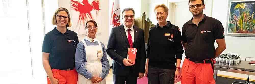 Malteser Tirol Vorarlberg zu Besuch bei LH Günther Platter Veranstaltung MHDA