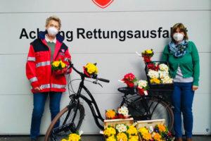 Malteser Tirol Blumengruss fuer Betreute Jaegerbauer 6