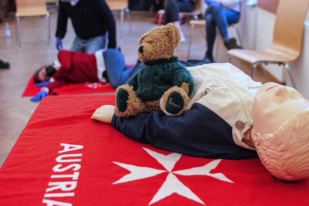 Malteser Wien Erste Hilfe Kurs am Kind TB